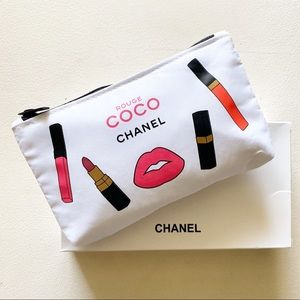Chanel - Logo Printed Engraved Signature Pouch